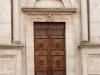 Pienza_02-cathedral-door