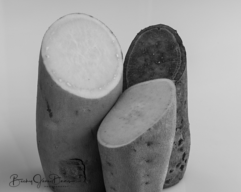 sweet-potato4-blackandwhite