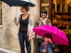 Pienza_11-pink-umbrella