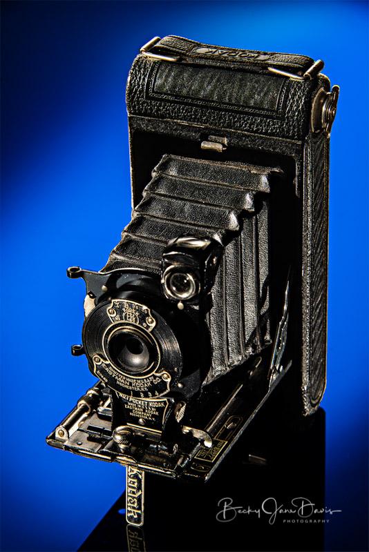 No. 1 Pocket Kodak Junior with Blue Gel