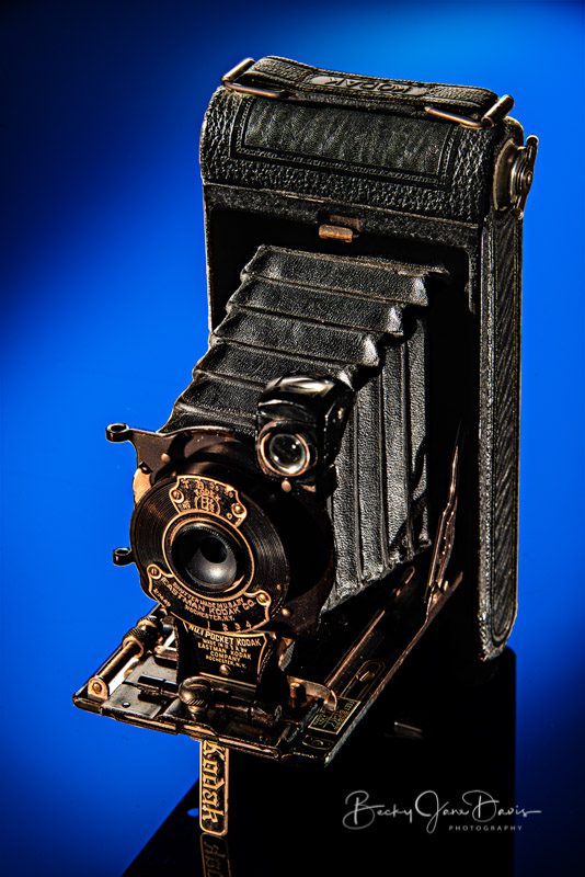 No. 1 Pocket Kodak Junior with Blue and Yellow Gels